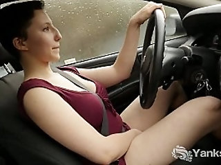 car|2hotmilfs.com